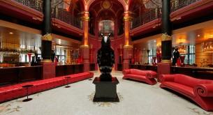 Banke Hotel-Lobby