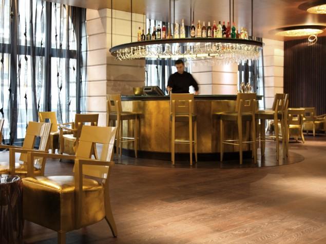 Banke Hotel-Bar