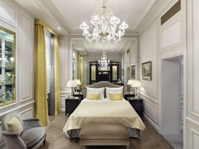 Sacher Hotel - Guest Bedroom