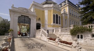 Pestana Palace - Exterior approach