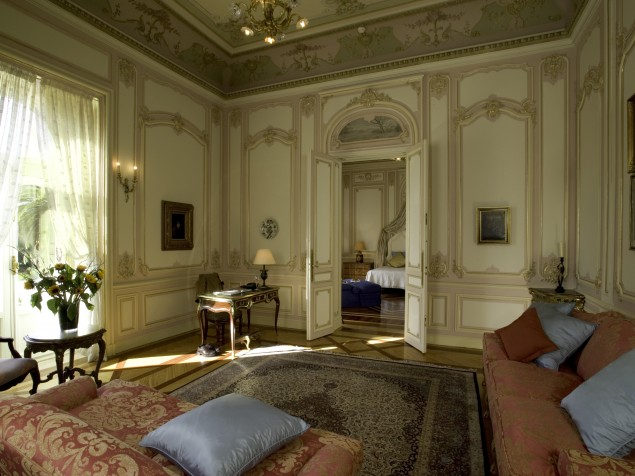 Pestana Palace - Guest Suite living room
