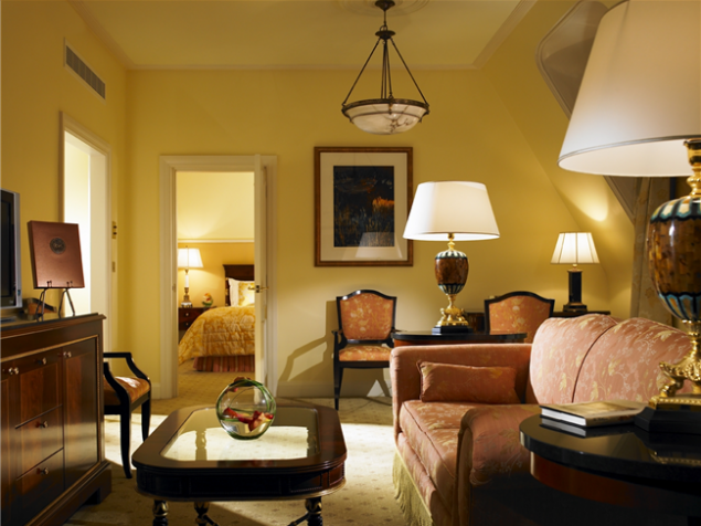 A suite at the Shelbourne in true historic spirit