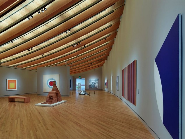The roof that defines the gallery at Crystal Bridges