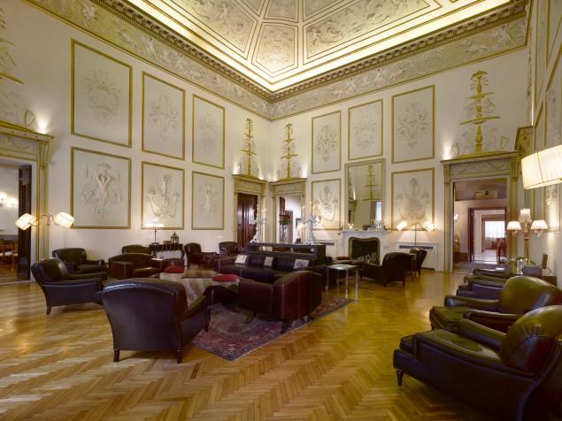 The extraordinary Sale della Musica at Relais Santa Croce
