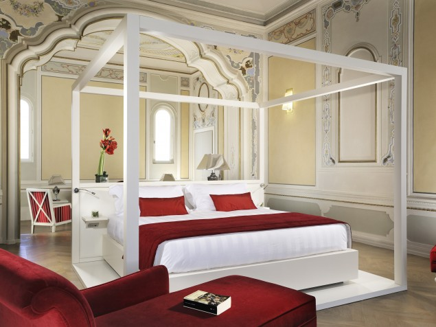 Everyday is Valentine's Day in the especially romantic Junior Suite Marquis Ottavio