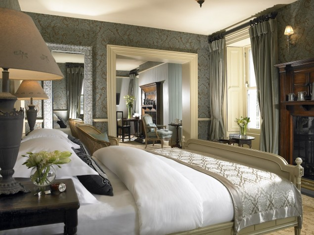 The richly furnished and softly elegant Heritage Suite